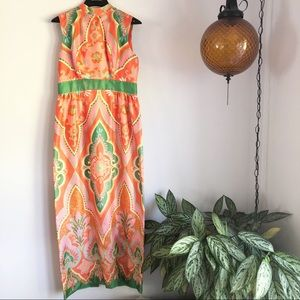 Vintage mandarin collar sleeveless maxi dress